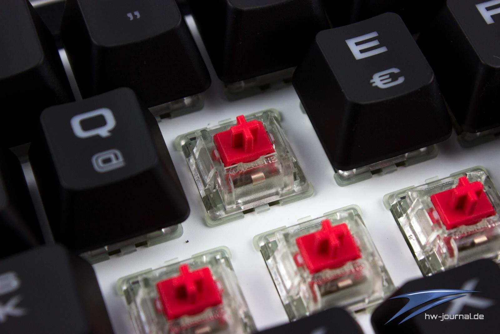 Test Corsair Strafe Rgb Mx Silent Hardware Journal Gaming Cherry Red Led Die Schalter Unterscheiden Sich Auf Den Ersten Optischen Blick Nicht Von Bisher Bekannten Modellen Durch Weie Lackierung Des Chassis