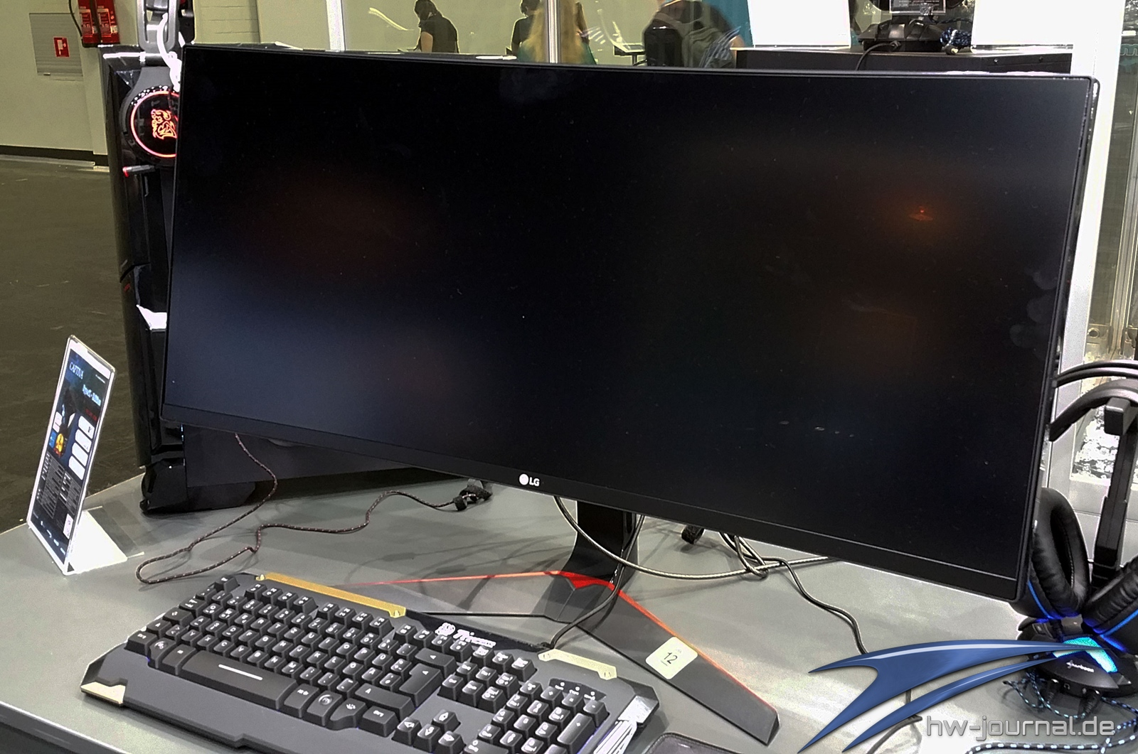LG 34UC79G-B: UltraWide Curved Gaming-Monitor mit 1ms und