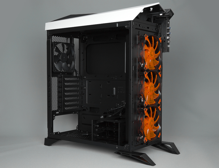 Corsair Carbige Spec Omega 12