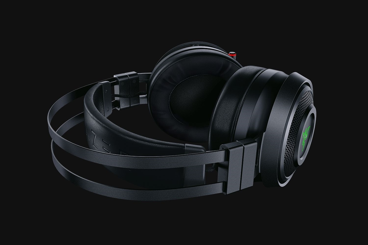 Razer Nari Ultimate Essential 1