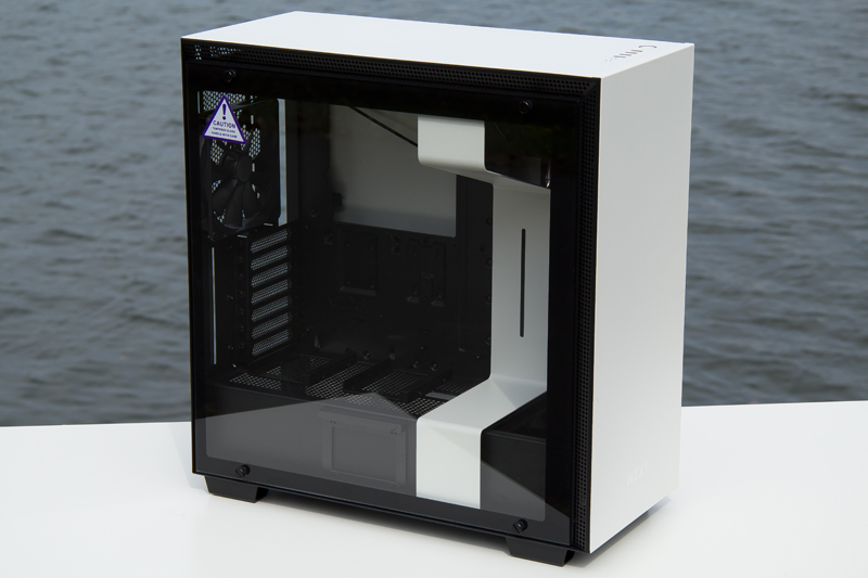 NZXT H700i 18