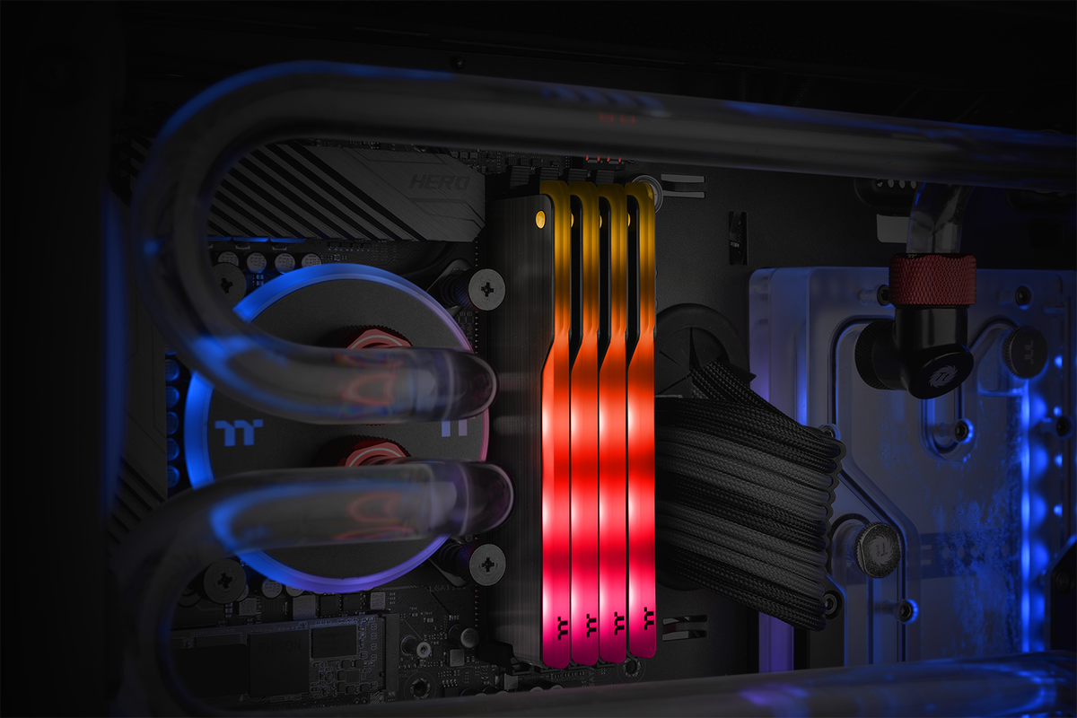 Thermaltake Toughram z one rgb 2
