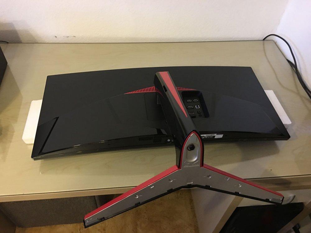 LG-Monitor-Setup-26.jpg